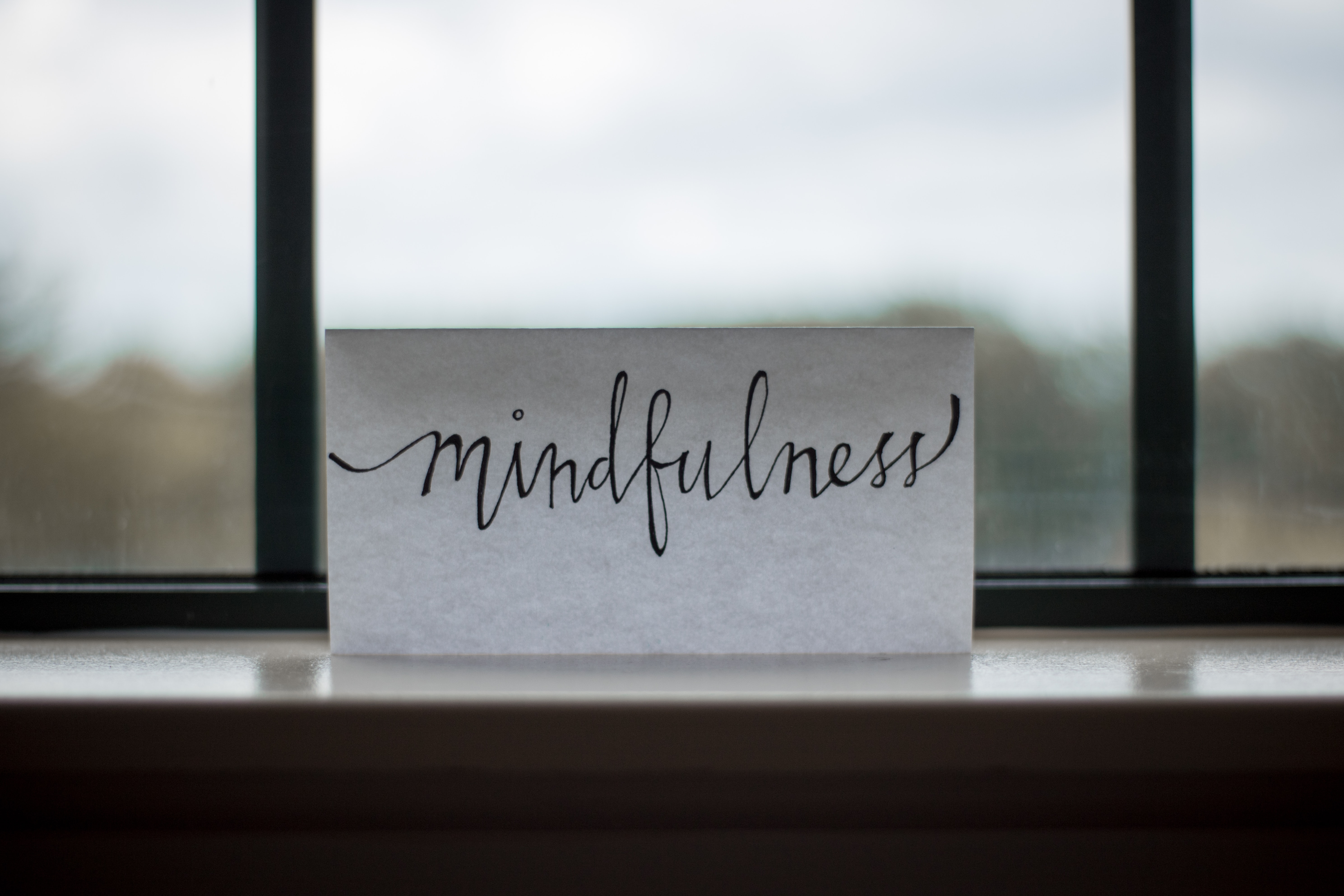 Mindfulness Versus Willpower: How to Break a Habit